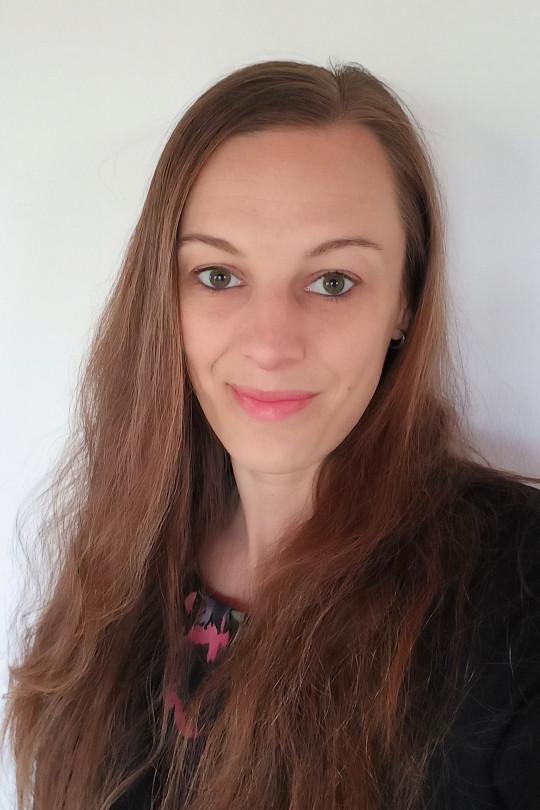Hana Mikolášová